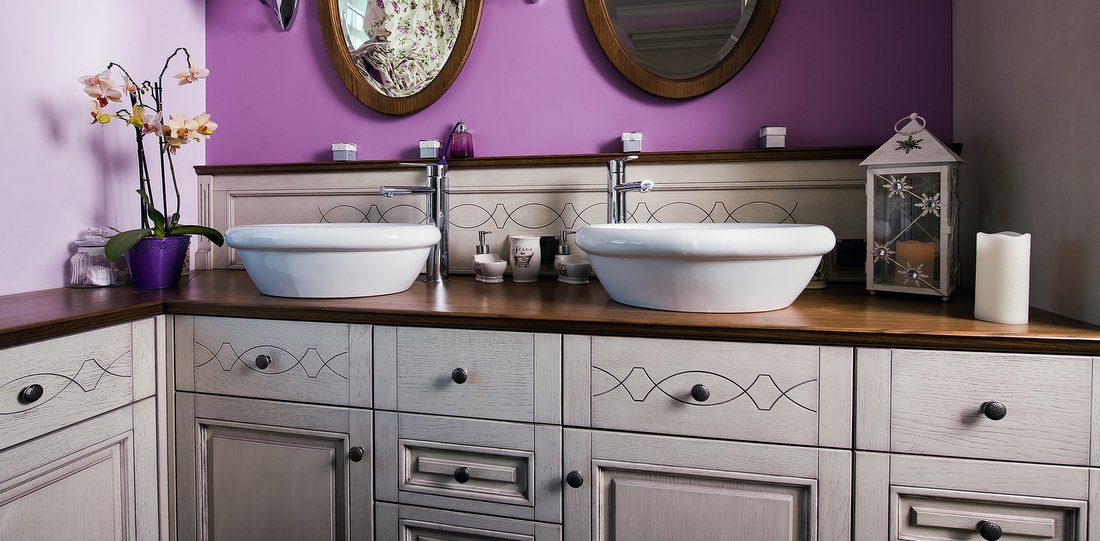 Bespoke bathroom furniture, made to measure wooden furniture to size, traditional or modern